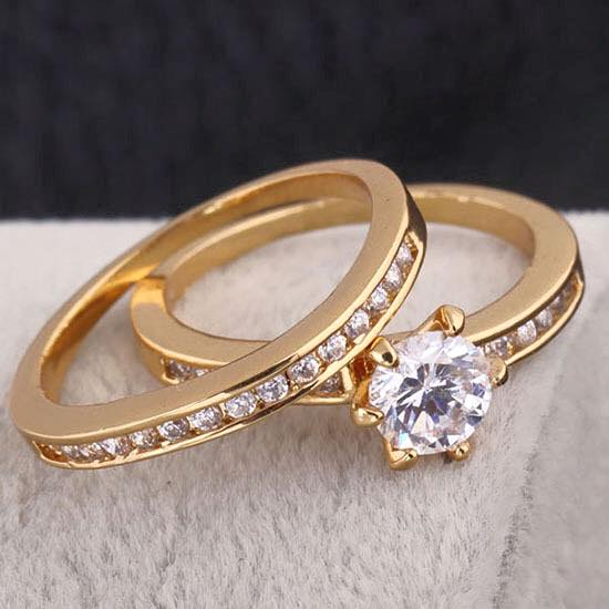 Engagement and wedding rings 18k with cubic zirconia